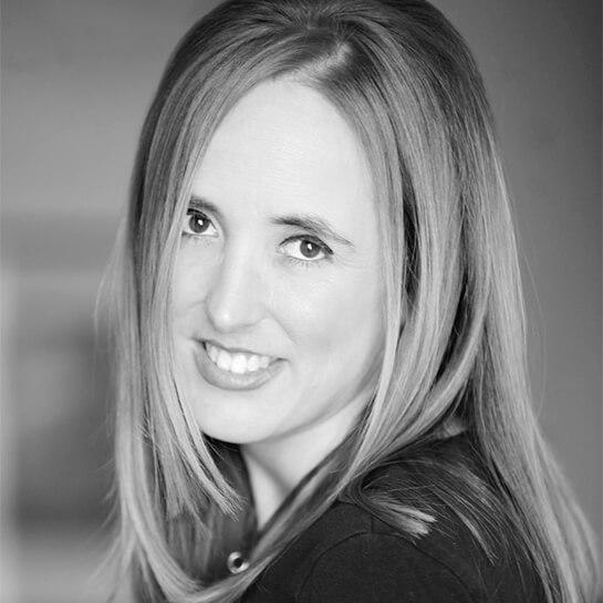 Lesley AJ Baumann